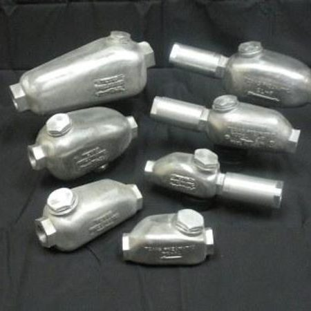 Lubricators and Hose Whips